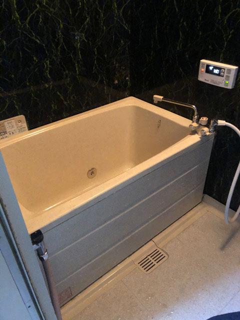 宝塚市で壁貫通型給湯器交換