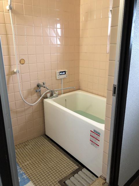 八幡市で団地風呂浴槽セット交換